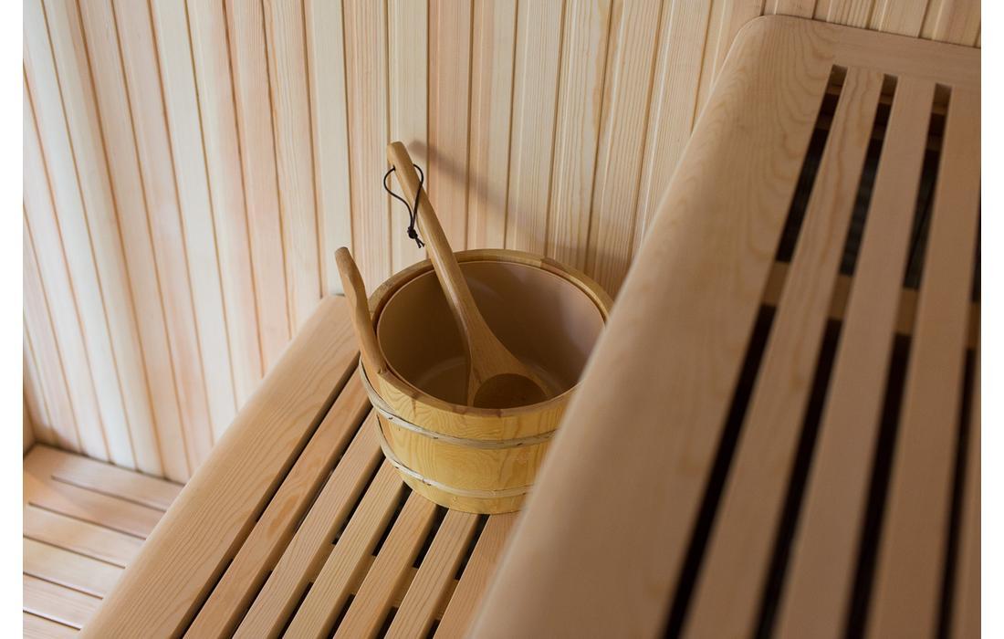 sauna finlandese firenze secchio e mestolo